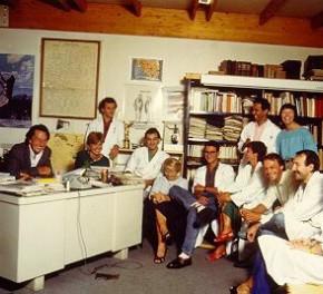 Nouvelles photos, légende sur celle du labo, et autres échos…